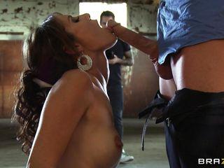 Порно в попки парней кончают