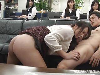 публичный секс смотреть онлайн